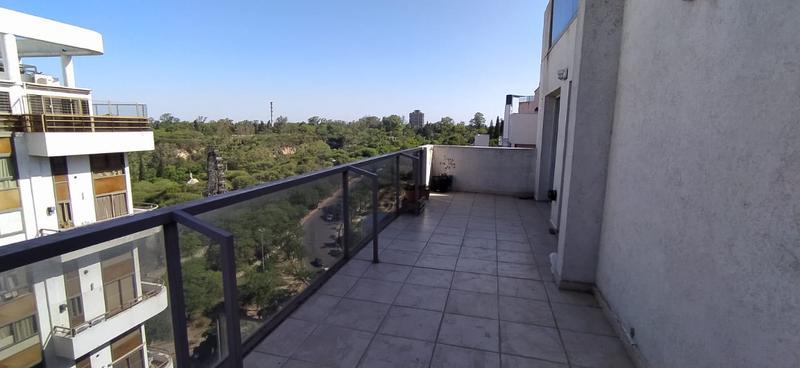 Foto Departamento en Venta en  Nueva Cordoba,  Capital  Zona Parque Sarmiento! 2 Dorm! Con Terraza!