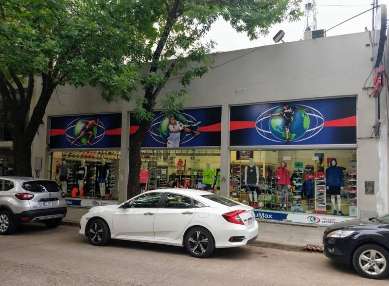 Foto Local en Alquiler en  Gualeguaychu,  Gualeguaychu  Irigoyen 40