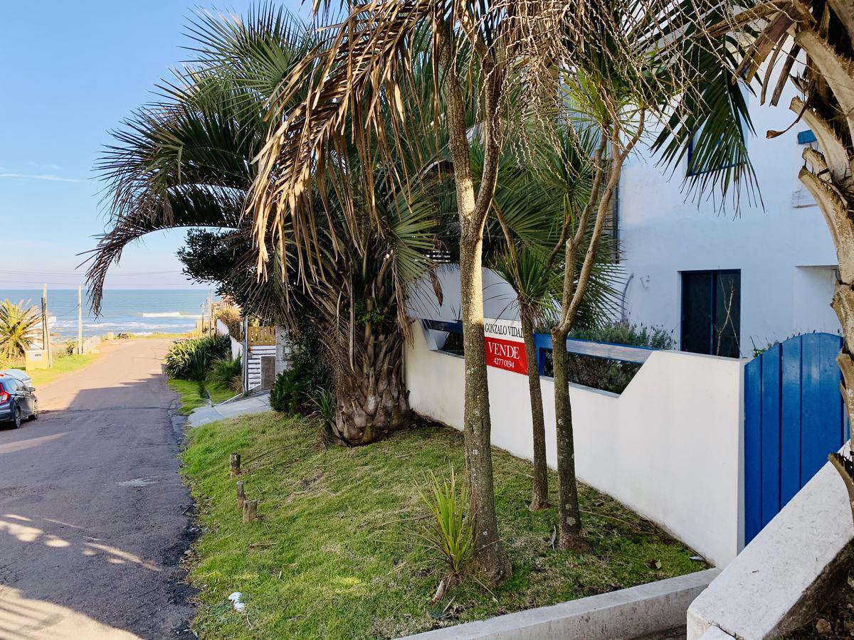 Foto Departamento en Alquiler temporario |  en  La Barra ,  Maldonado  A metros de la playa La Posta