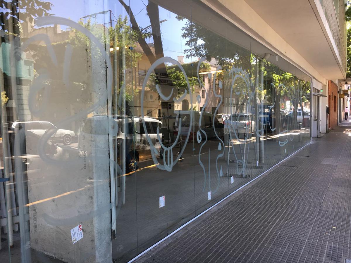 Local en Palermo Hollywood