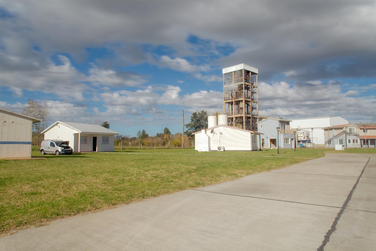 Foto Nave Industrial en Venta en  Lisandro Olmos Etcheverry,  La Plata  Infraestructura administrativa - Parque Industrial I La Plata