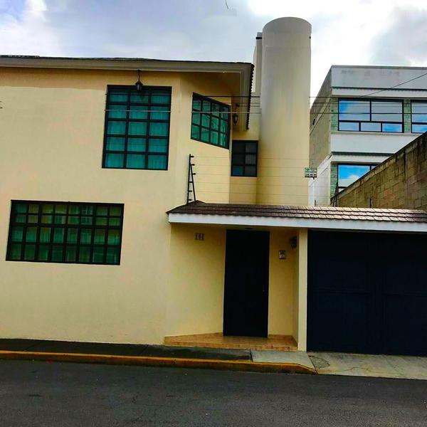 Foto Casa en Venta en  Los Angeles,  Toluca  CASA EN VENTA UBICADA EN LA COLONIA GUADALUPE EN TOLUCA