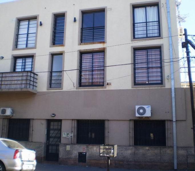 Foto Departamento en Venta en  Avellaneda,  Avellaneda  Laprida 328, Piso 1º, Depto. 5