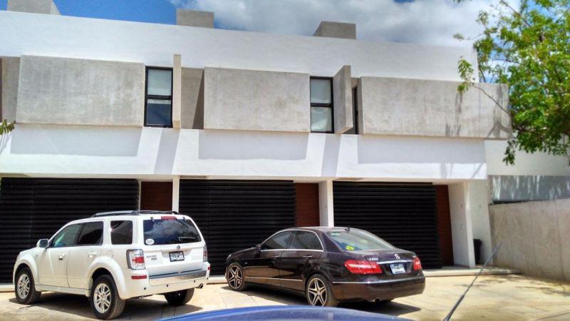 Foto Departamento en Renta en  Fraccionamiento Montebello,  Mérida  En renta Town House minimalista cerca de City Center en Montebello al norte de Mérida, Yuc., Méx.