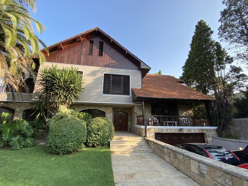Foto Casa en Venta en  Adrogue,  Almirante Brown  Segui 498