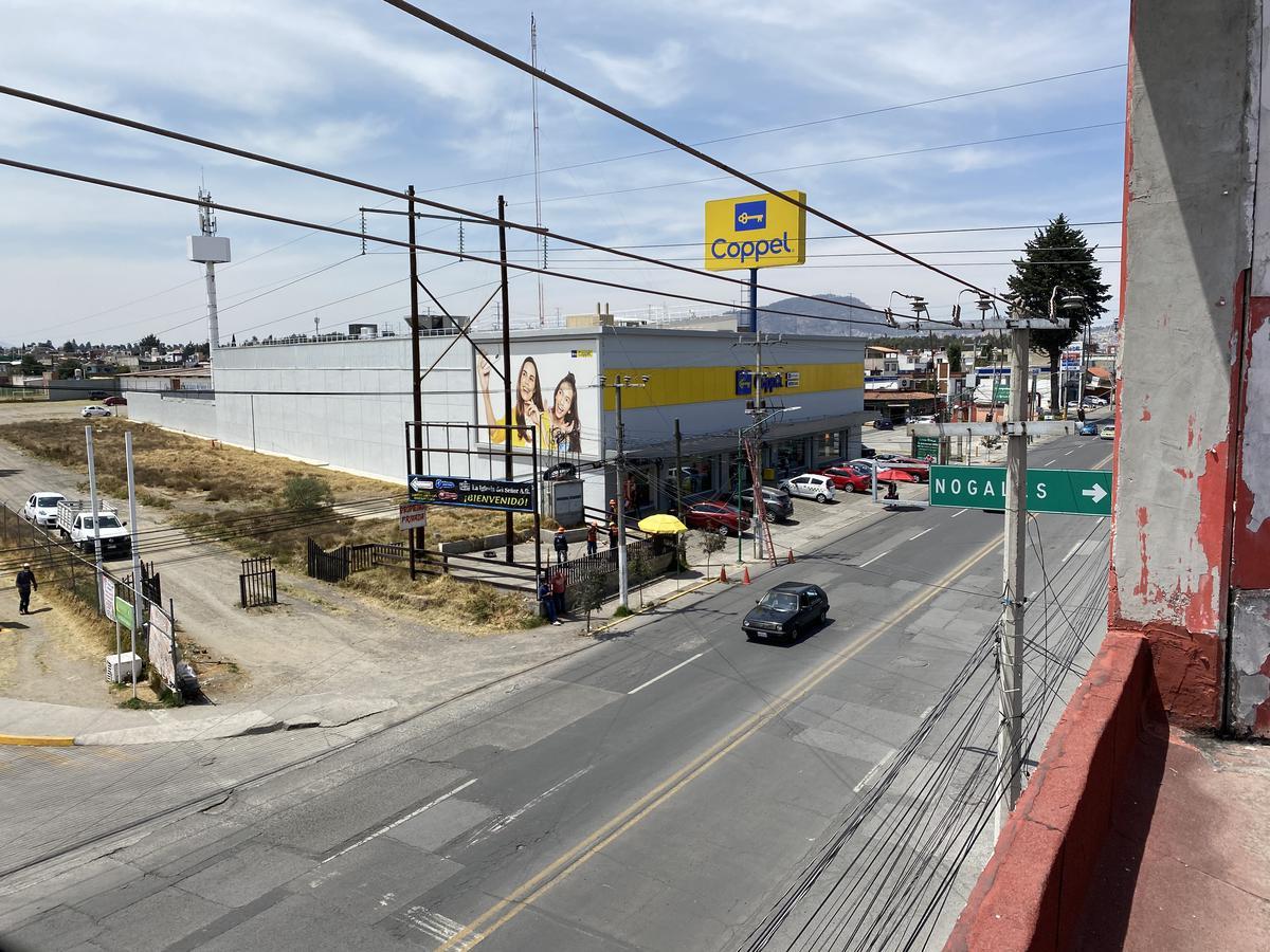 Foto Local en Renta en  Metepec ,  Edo. de México  Locales en RENTA ,Heriberto Enriquez, Metepec, Estado de México