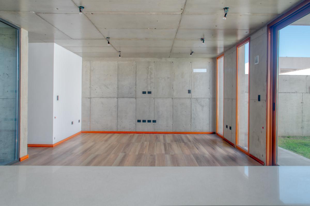 Foto Casa en Venta en  Manuel B Gonnet,  La Plata  133 e 487 y 488 - Manuel B. Gonnet