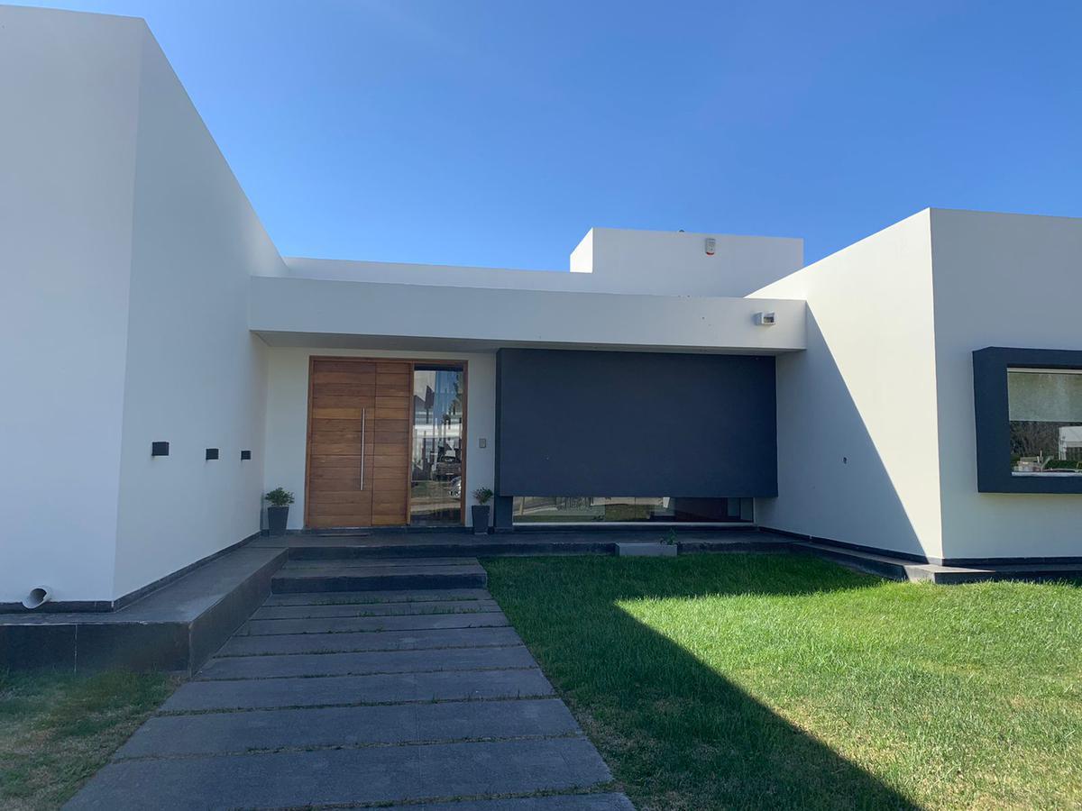 Foto Casa en Venta en  General Roca ,  Rio Negro  VITERBORY N°  al 1500