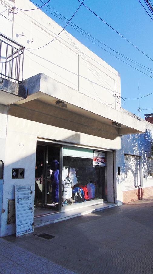 Foto Local en Venta en  General Pico,  Maraco  17 e/ Av. y 16