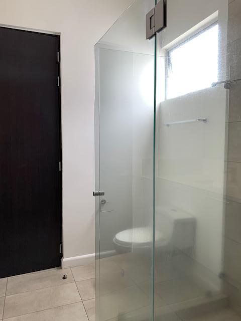 Foto Casa en condominio en Renta en  Pozos,  Santa Ana  Santa Ana/ Moderno/ 4 habitaciones/Jardín/ Familiar/ Pet Friendly