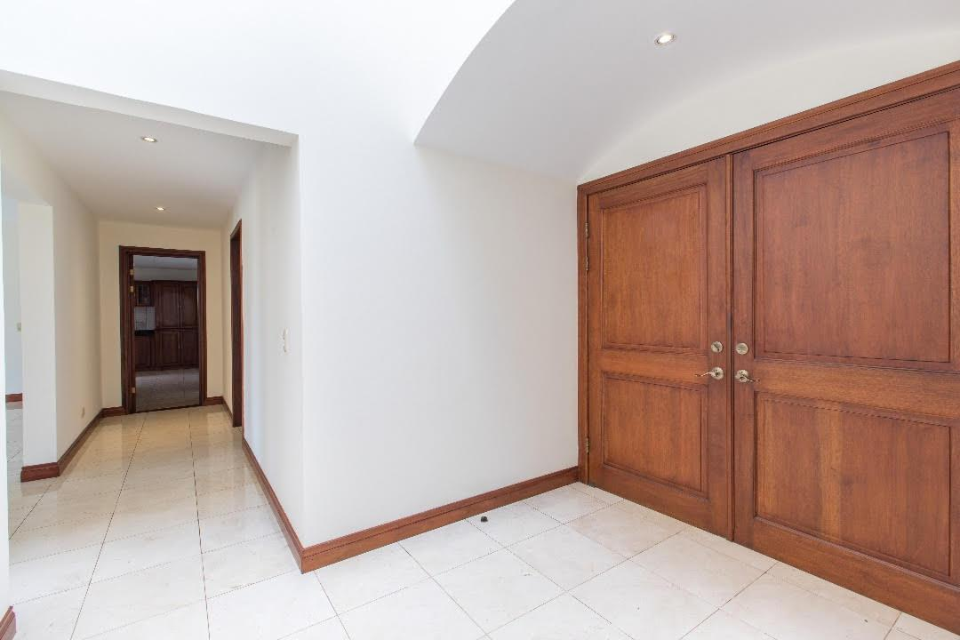 Foto Casa en condominio en Venta en  Santa Ana ,  San José  Casa en Valles del Sol con inmejorable vista