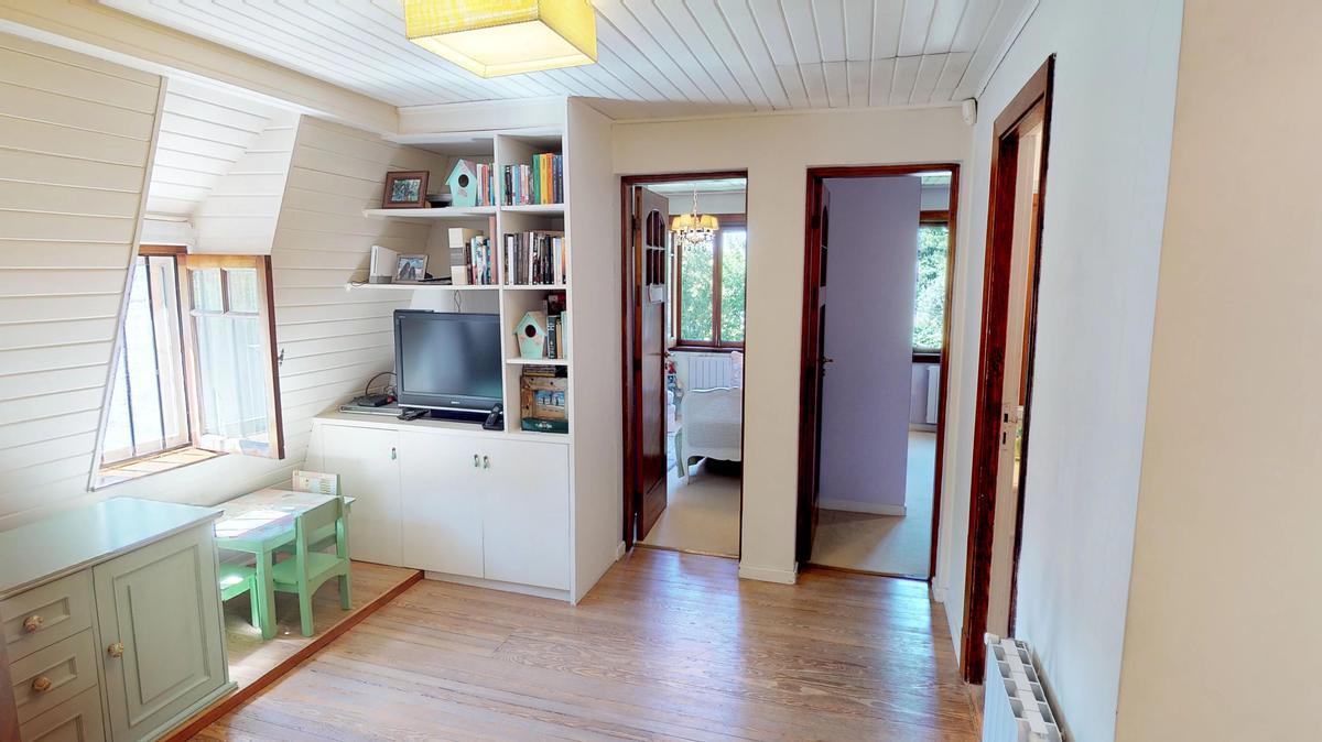 Foto Casa en Venta en  Mart.-Vias/Santa Fe,  Martinez  San Isidro Labrador al 200