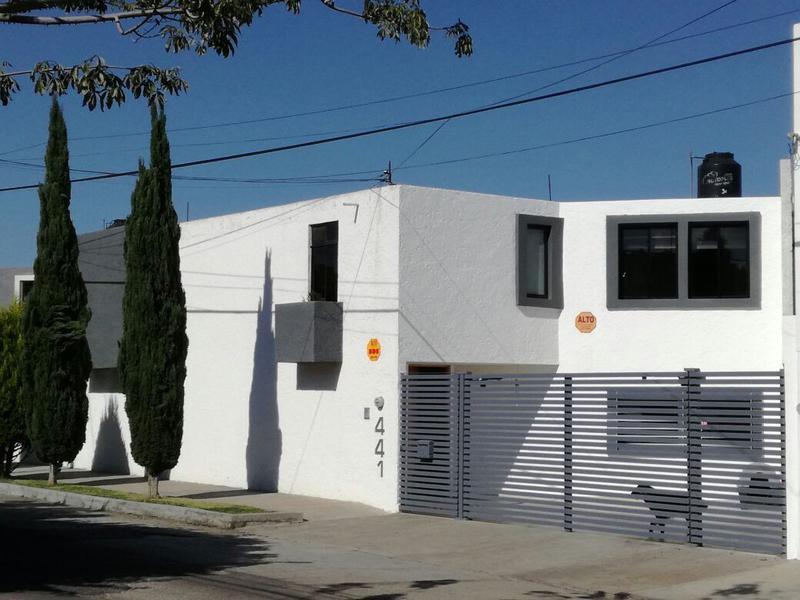 Foto Casa en Venta en  Universitaria,  San Luis Potosí  CASA EN VENTA Y RENTA EN COLONIA UNIVERSITARIA, SAN LUIS POTOSI