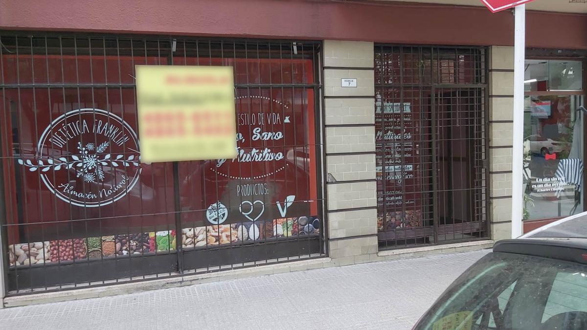 Foto Local en Alquiler en  P.Centenario ,  Capital Federal  Franklin 7