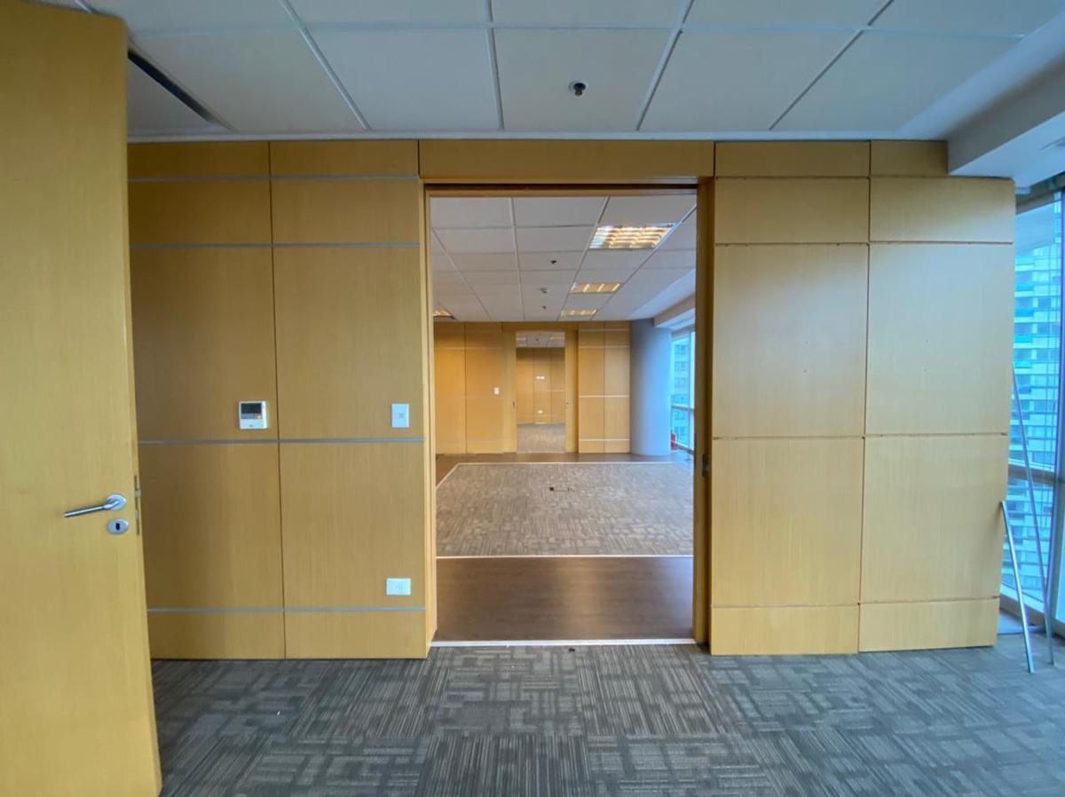 Foto Oficina en Alquiler en  Puerto Madero ,  Capital Federal  World Trade Center I - Lola Mora  421 1603