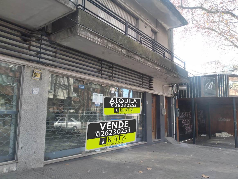 Foto Local en Venta en  Pocitos ,  Montevideo  Rivera casi Pedro Bustamante. Prox al WTC y Mdeo Shopping