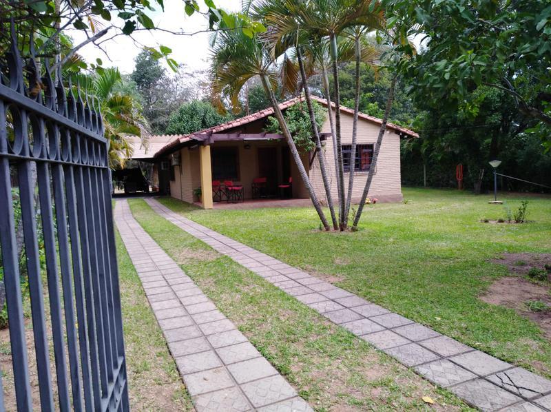 Foto Casa en Venta en  San Bernardino,  San Bernardino  Zona Petrobras