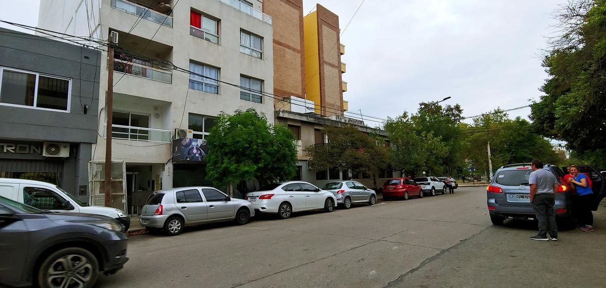 Foto Departamento en Alquiler en  General Paz,  Cordoba  Lima al 1000
