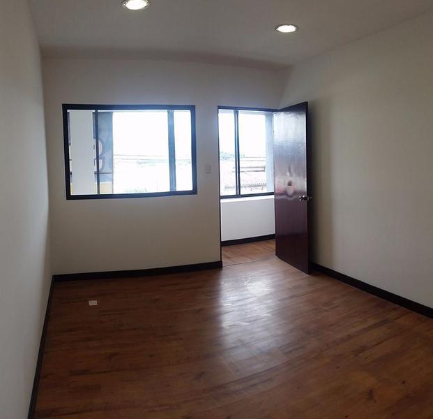 Foto Oficina en Renta en  Pavas,  San José  Edificio de 7 Oficinas y 2 Cubículos