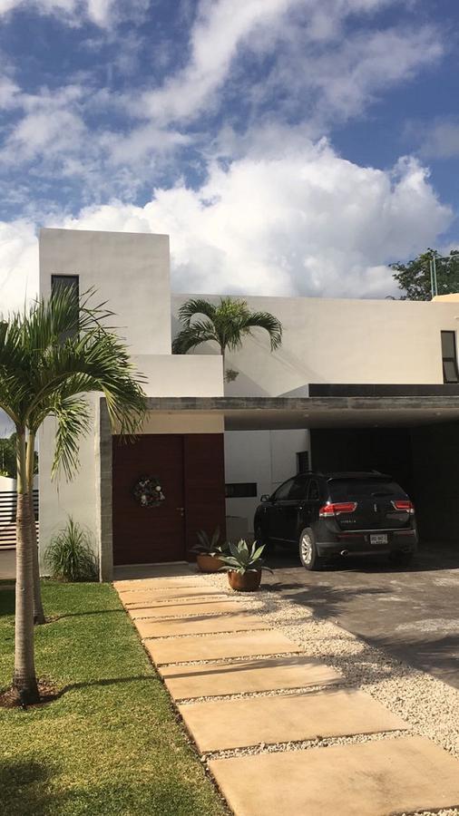 Foto Casa en Venta en  Solidaridad,  Playa del Carmen  Casa en venta, Playa Magna