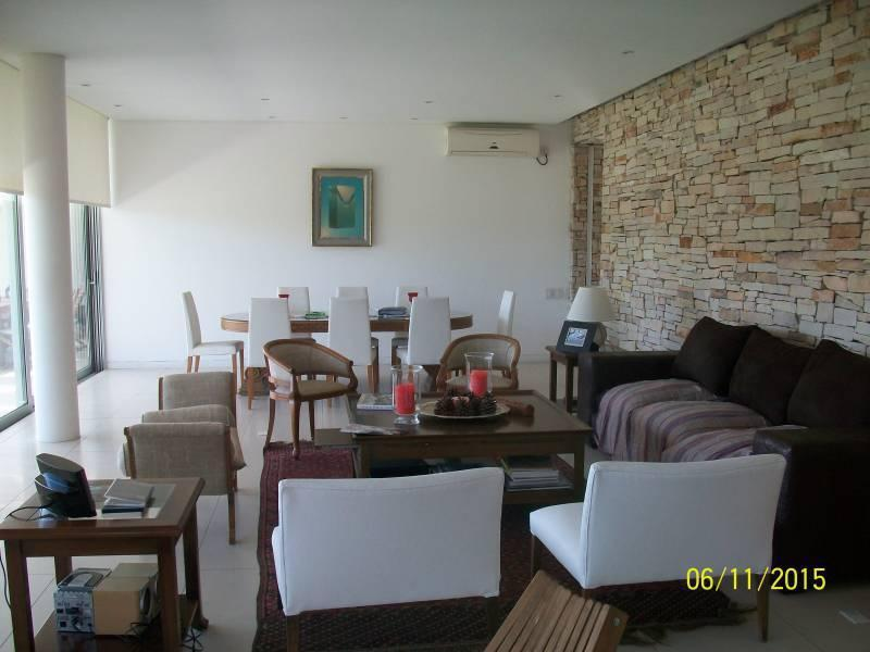 Foto Casa en Venta | Alquiler en  La Isla,  Nordelta  La isla al 100