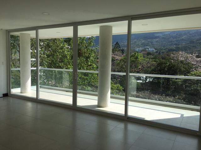 Foto Departamento en Venta | Renta en  San Rafael,  Escazu  Moderno/ 3 habitaciones/ Excelente ubicación/ Vista