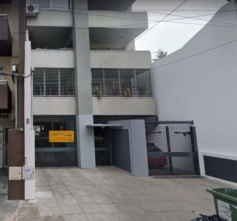 Foto Cochera en Venta en  San Fernando ,  G.B.A. Zona Norte  peron al 700