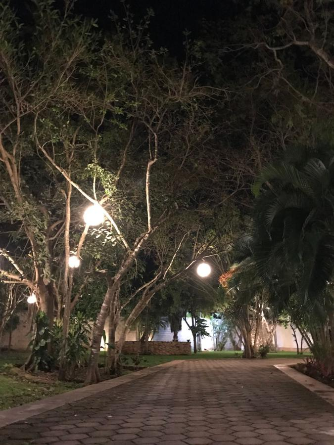 Foto Casa en Venta en  Colegios,  Cancún  CASA EN VENTA EN CANCUN EN COLEGIOS
