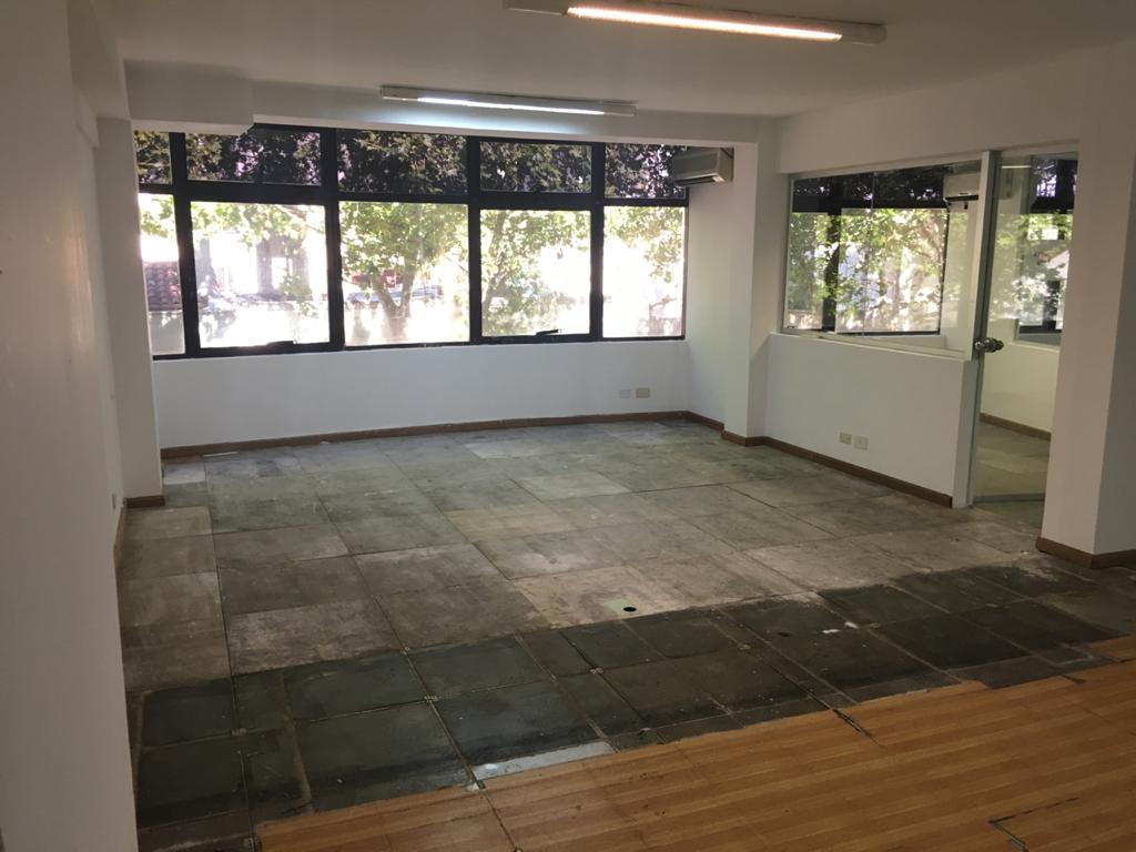 Oficina 53m2 - San Isidro-2