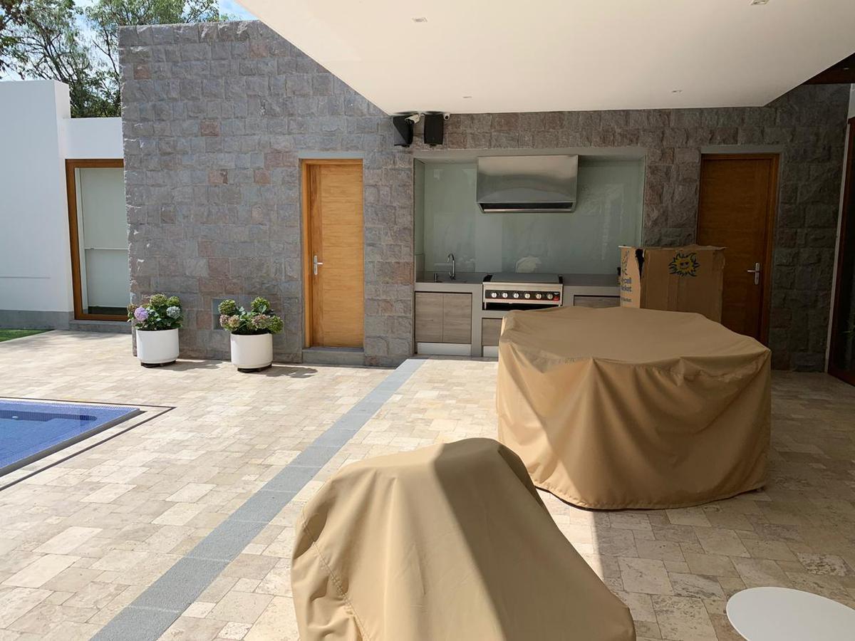 Foto Casa en Venta en  Cumbayá,  Quito  Urbanización Pillagua