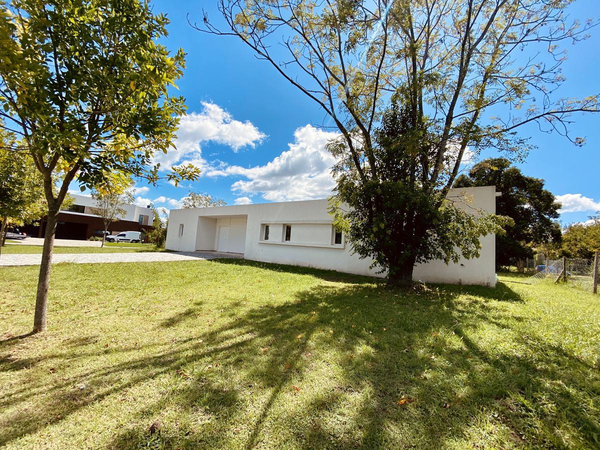 Foto Casa en Venta en  San Matias,  Countries/B.Cerrado (Escobar)  Barrui San Matías - Area 2