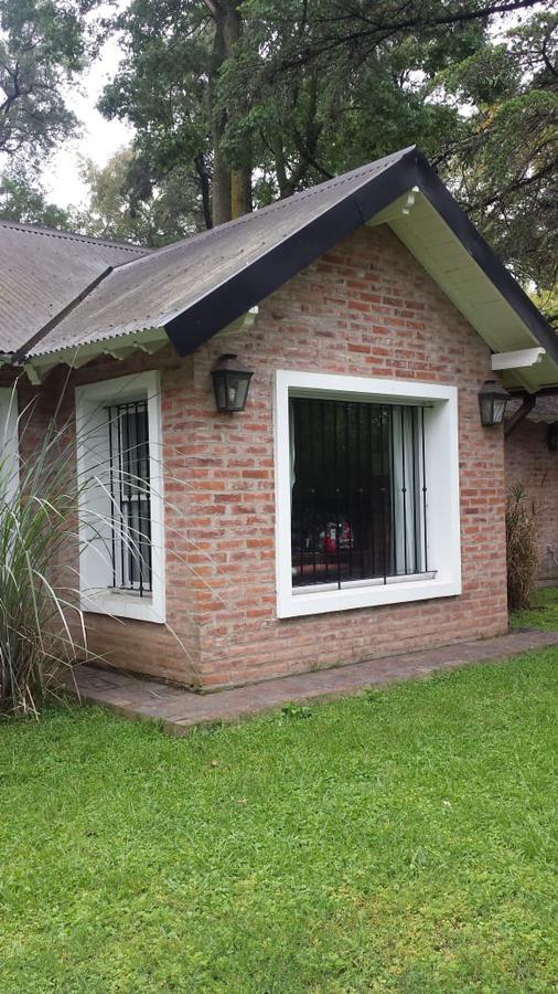 Foto Casa en Venta en  Barrio Parque Leloir,  Ituzaingó  De la Doma al 1700