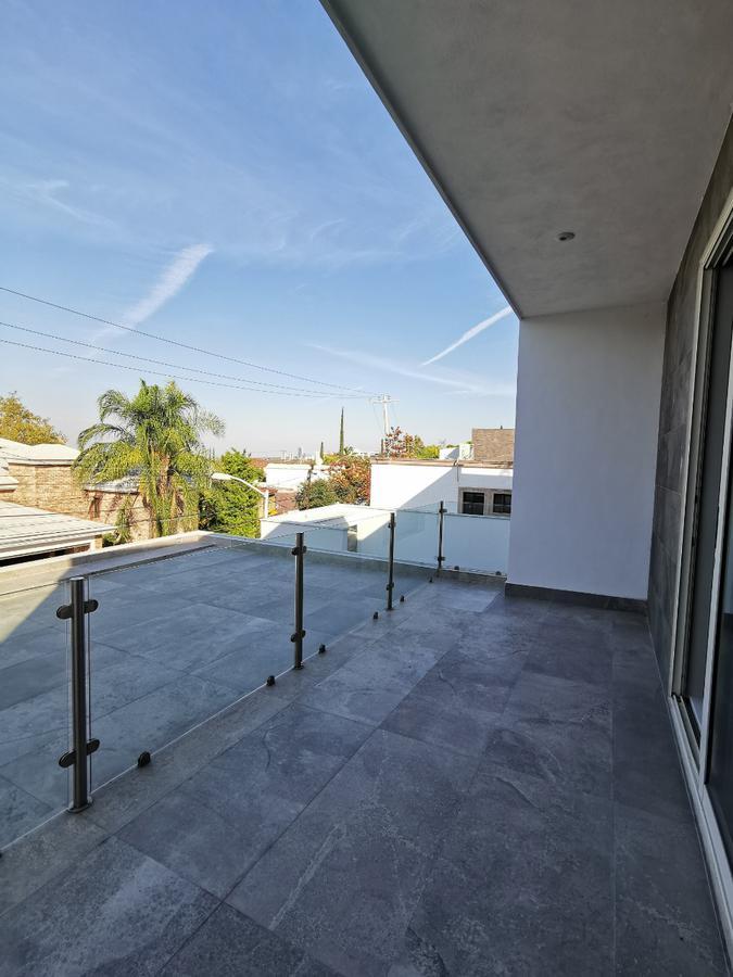 Foto Casa en Venta en  Lomas Del Valle,  San Pedro Garza Garcia  VENTA CASA MIRADOR DE LA SIERRA