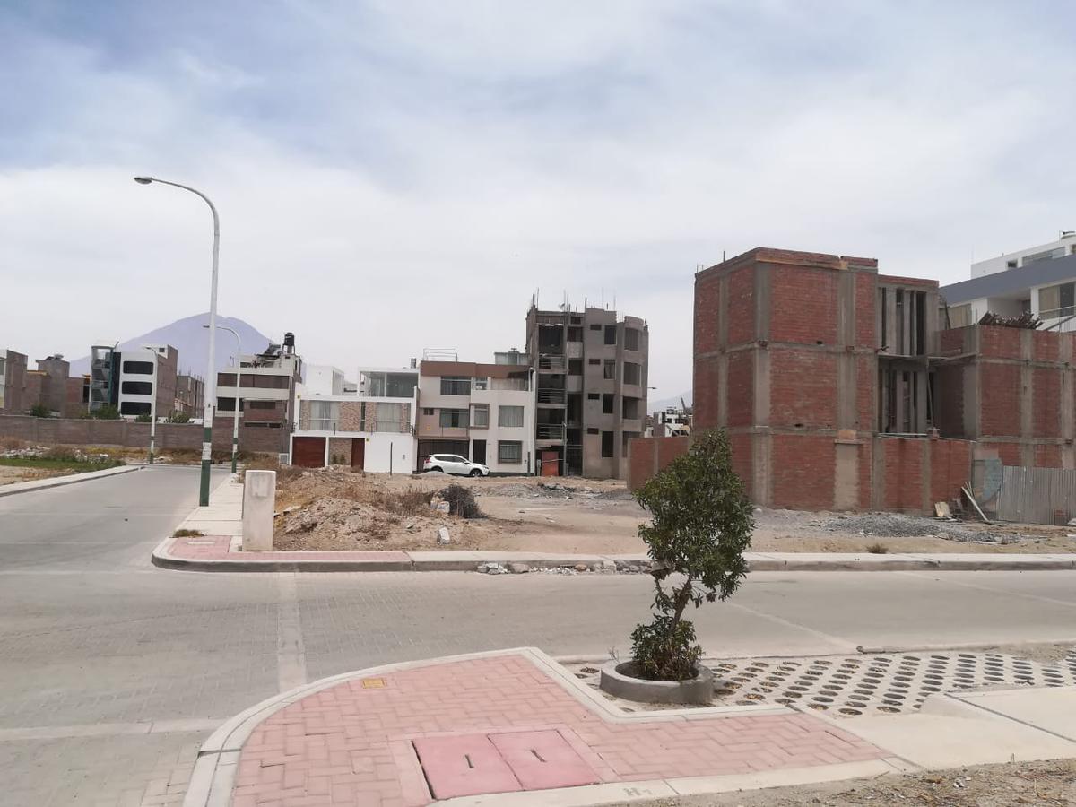 Foto Terreno en Venta    en  Sachaca,  Arequipa  La Catedral