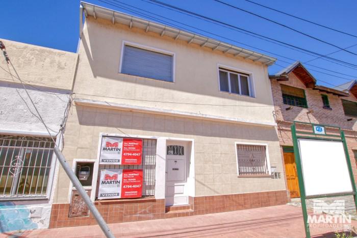 Foto Casa en Venta en  Olivos,  Vicente López  PARANA al 2000