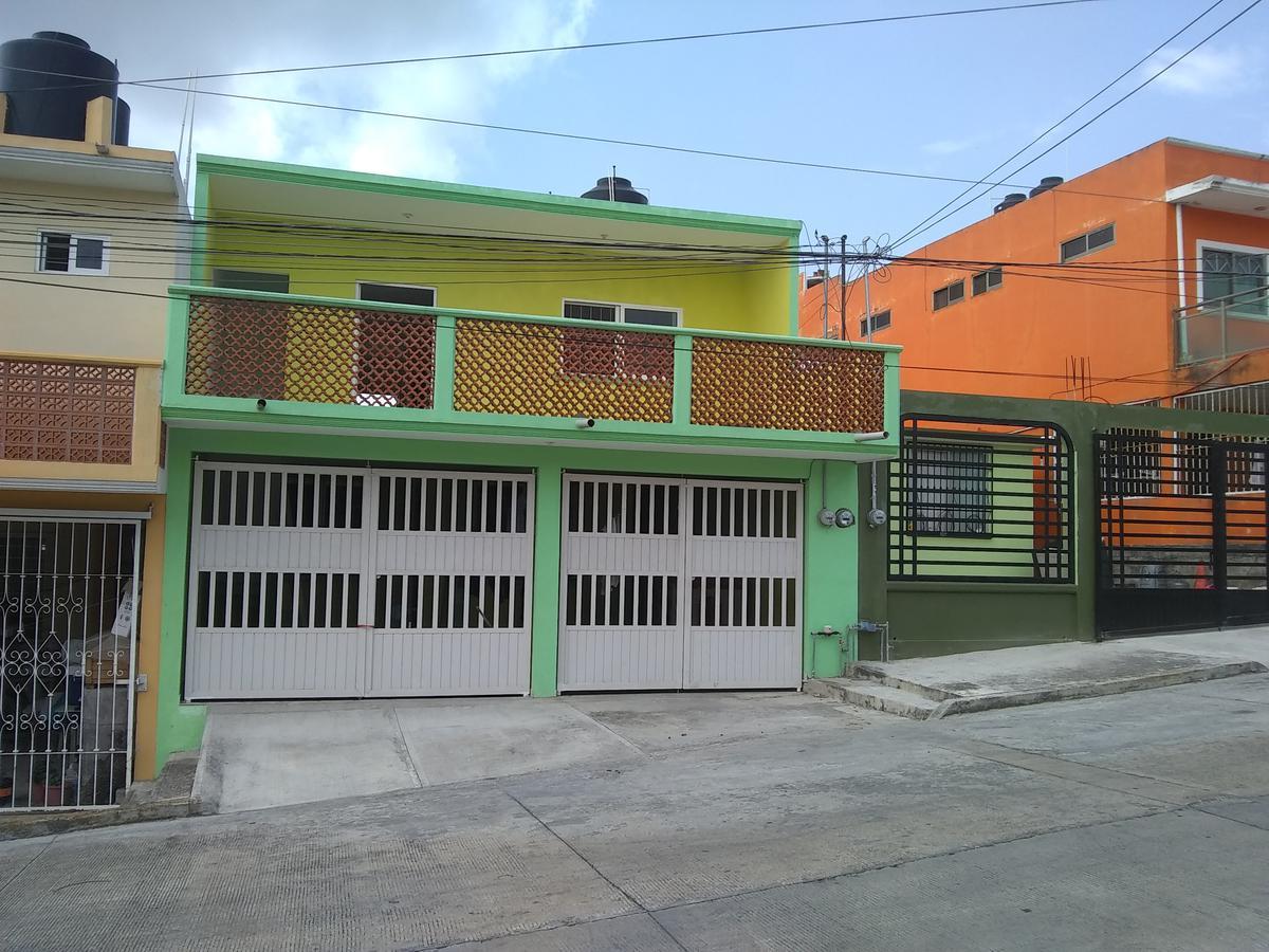 Foto Departamento en Renta en  Unidad habitacional Lomas de Fovissste,  Tuxpan  DEPARTAMENTO  EN RENTA MUY CERCA DE PLAZA CRYSTAL Y LIVERPOOL