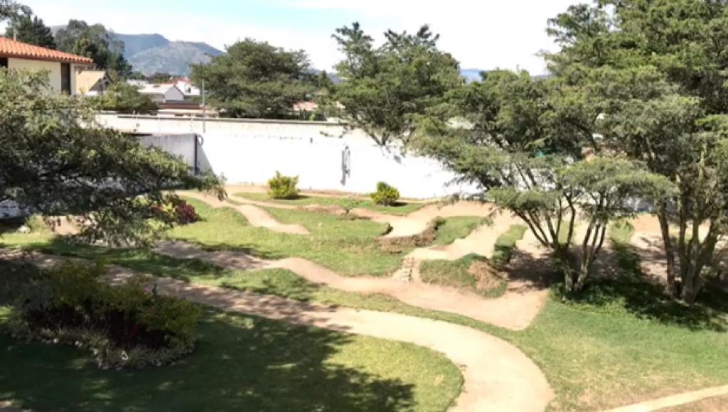 Foto Terreno en Venta en  Tumbaco,  Quito      Terreno Plano con cerramiento de Venta en sector Hilacril