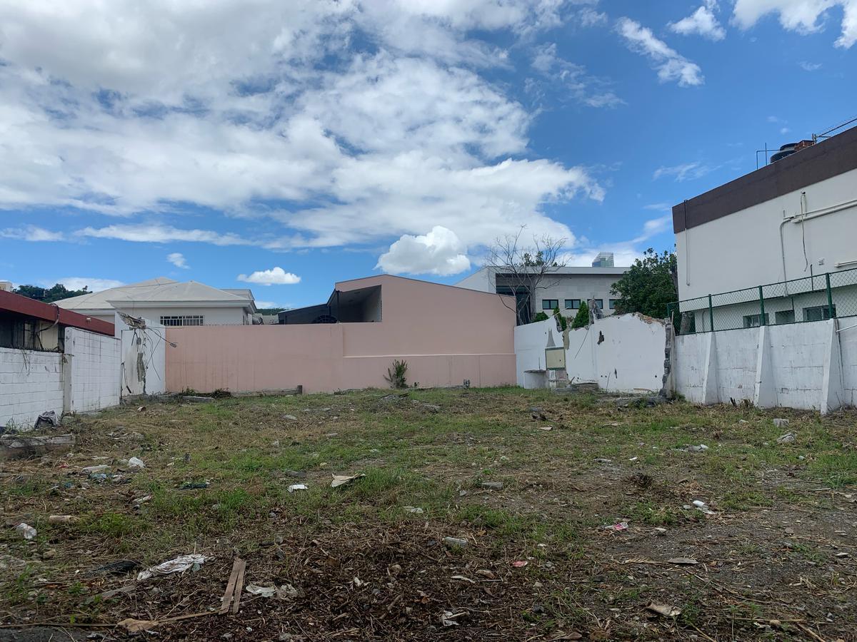 Foto Terreno en Venta en  Fuentes del Valle,  San Pedro Garza Garcia  Fuentes del Valle
