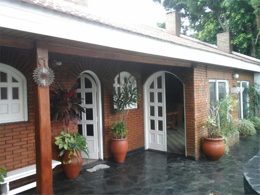 Foto Casa en Venta en  Isidro Casanova,  La Matanza  Roma al 3300