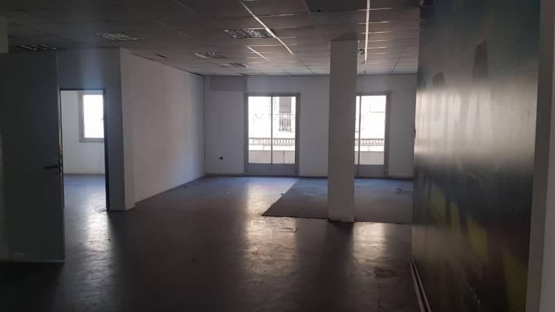 Foto Edificio Comercial en Alquiler en  Congreso ,  Capital Federal  MORENO al 1300
