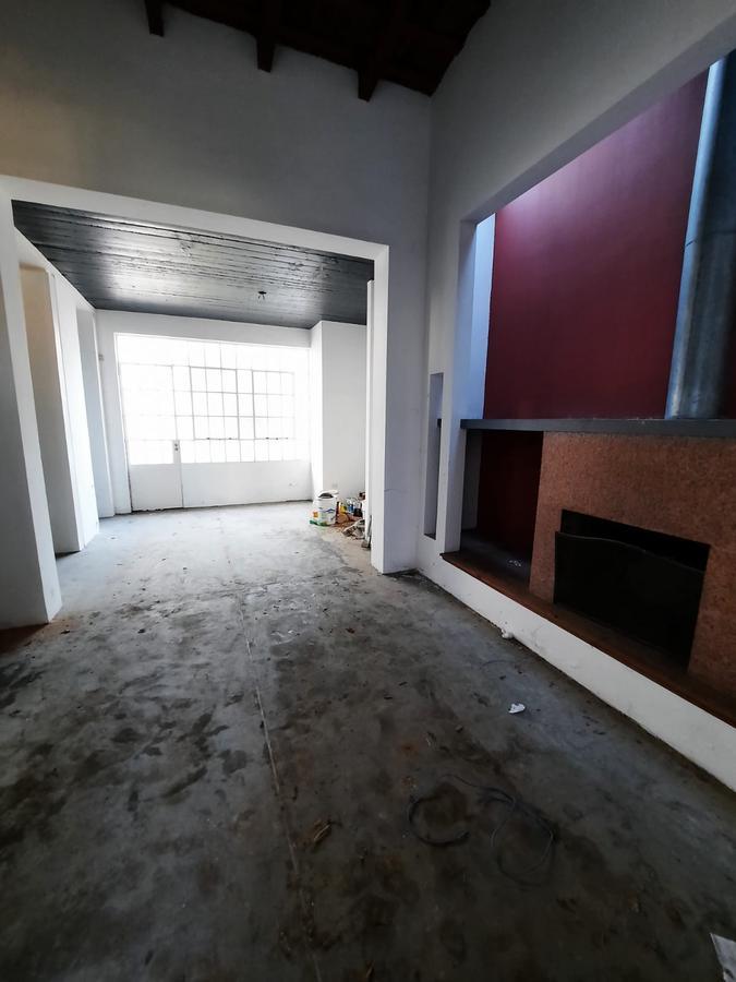 Foto Casa en Venta en  Lomas de Zamora Oeste,  Lomas De Zamora  Sixto Fernandez al 375