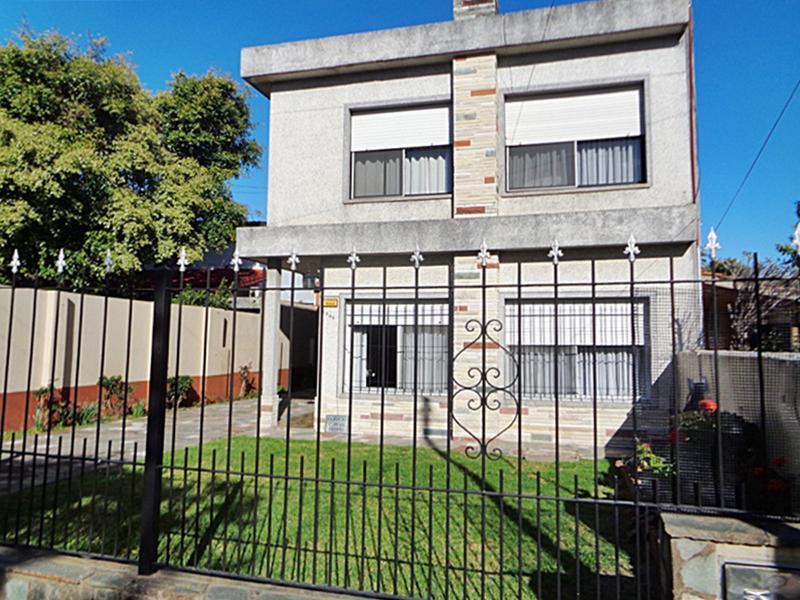 Foto Casa en Venta en  Villa Adelina,  San Isidro  Luis María Drago al 1800