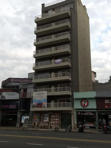 Foto Departamento en Venta |  en  Liniers ,  Capital Federal  Avenida Rivadavia al 10700