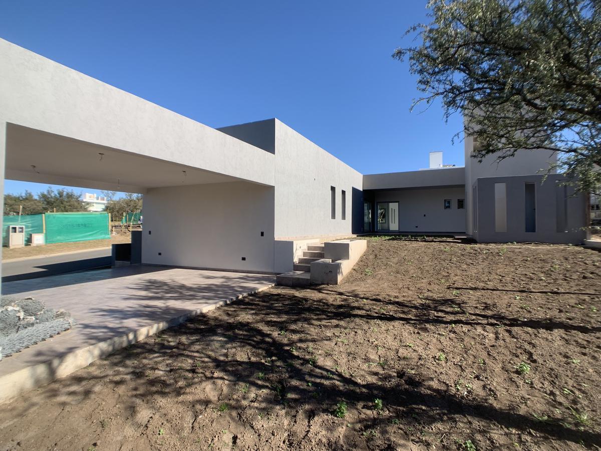 Foto Casa en Venta en  Las Cañitas Barrio Privado,  Malagueño  Country Las Cañitas - Autopista Cordoba Carlos Paz