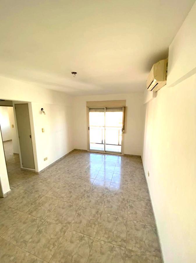 Foto Departamento en Venta | Alquiler en  S.Fer.-Vias/Panam,  San Fernando  SUIPACHA 1200