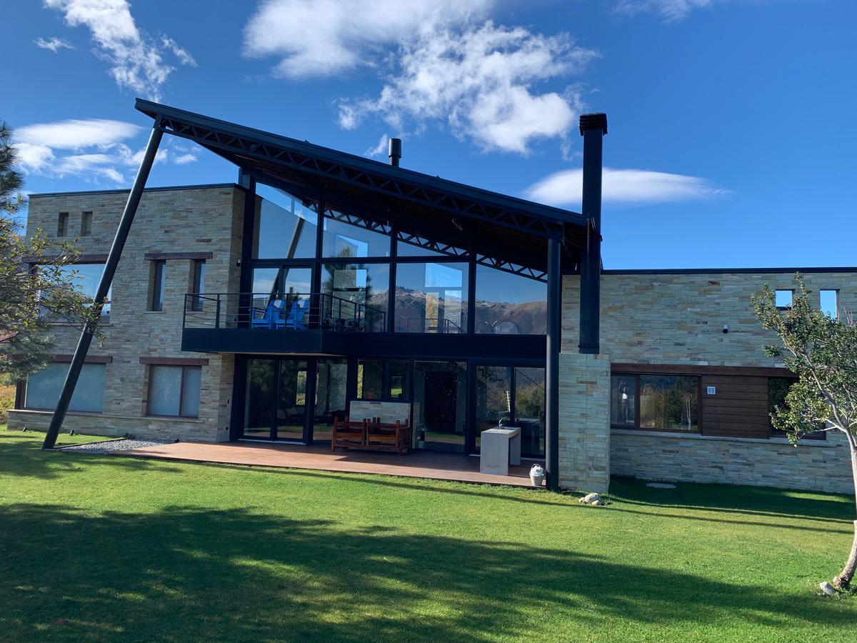 Foto Casa en Venta |  en  Arelauquen,  Bariloche  Arelauquen Q50