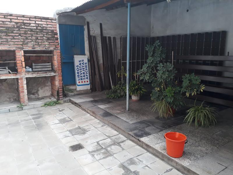 Foto Local en Alquiler en  San Miguel De Tucumán,  Capital  Maipú al 300