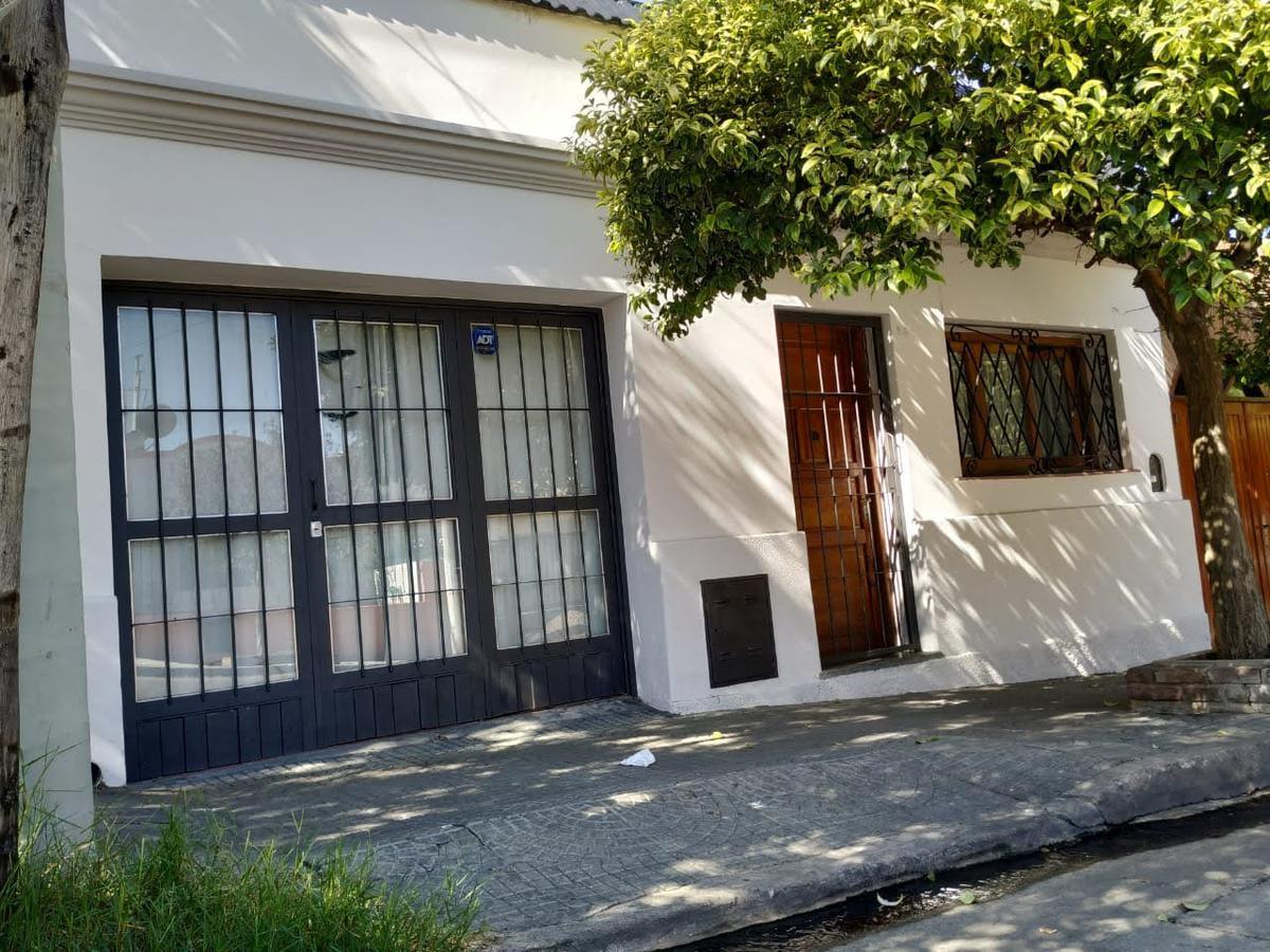 Foto Casa en Venta en  San Martin,  Cordoba  Jose Maria Galan 86