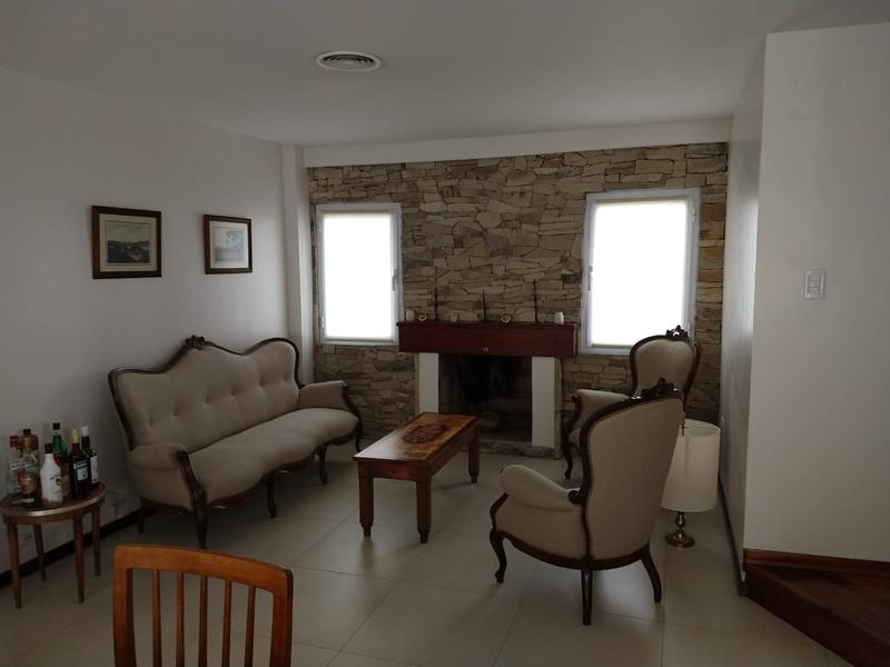 Foto Casa en Venta en  Santa Genoveva ,  Capital  RIO DULCE  al 800