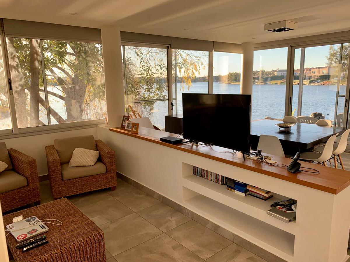 Foto Casa en Venta | Alquiler | Alquiler temporario en  Cabos del Lago,  Nordelta  Cabos del Lago al 100